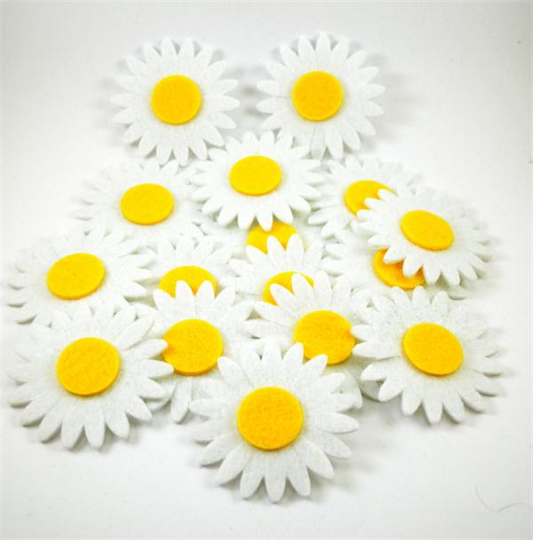 Alibaba China supplier Wholesale die cut felt flower shapes for promotion