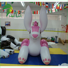 Naughty Lovely Giant Inflatable Animal Character Model / Inflatable PVC Rabbit