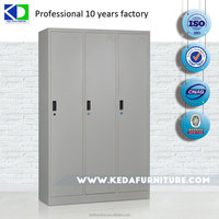 Export to Italy Products Three Doors Steel Locker/Steel Cupboard
