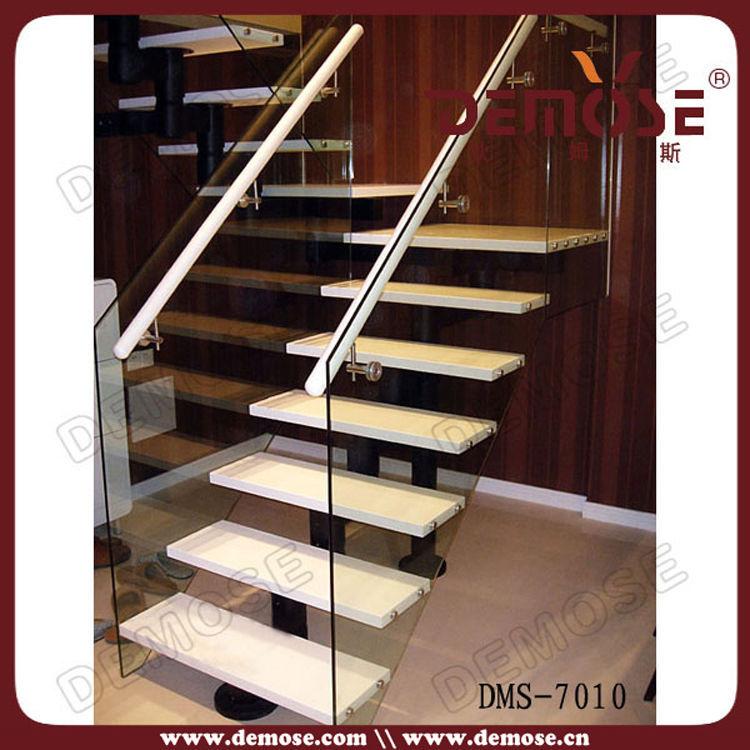 Escaleras interiores casas modernas cantera escaleras for Barandillas escaleras interiores precios