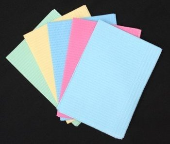 Disposable 3ply Printed Baby Bib Plastic Back With Pocket