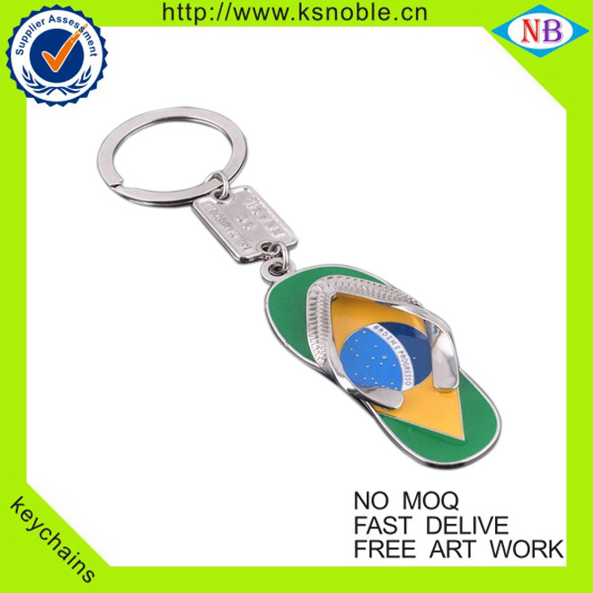 2017 funny Flip-Flops Shape custom popular metal keychains wholesale