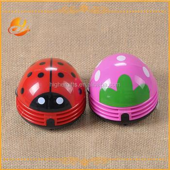 Popular Beetle/strawberry Shaped Mini Table Vacuum Cleaner/Mini Desk Cleaner