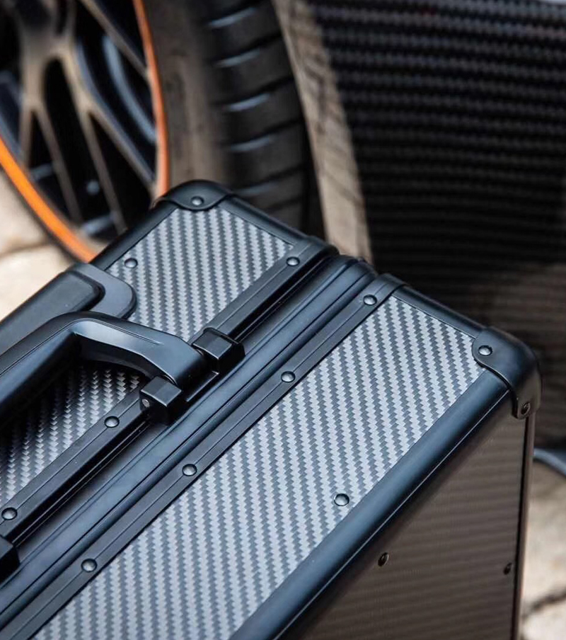 100% real carbon fiber trolley luggage suitcase
