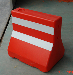traffic safety Factory Price water filled barrier high quality road plastic road barrier