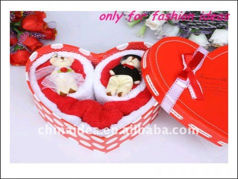 2014 Yiwu Cheap Promotional wedding love Gift Cake Towel