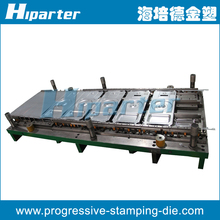Automatic progressive stamping tool, automatic press tooling die