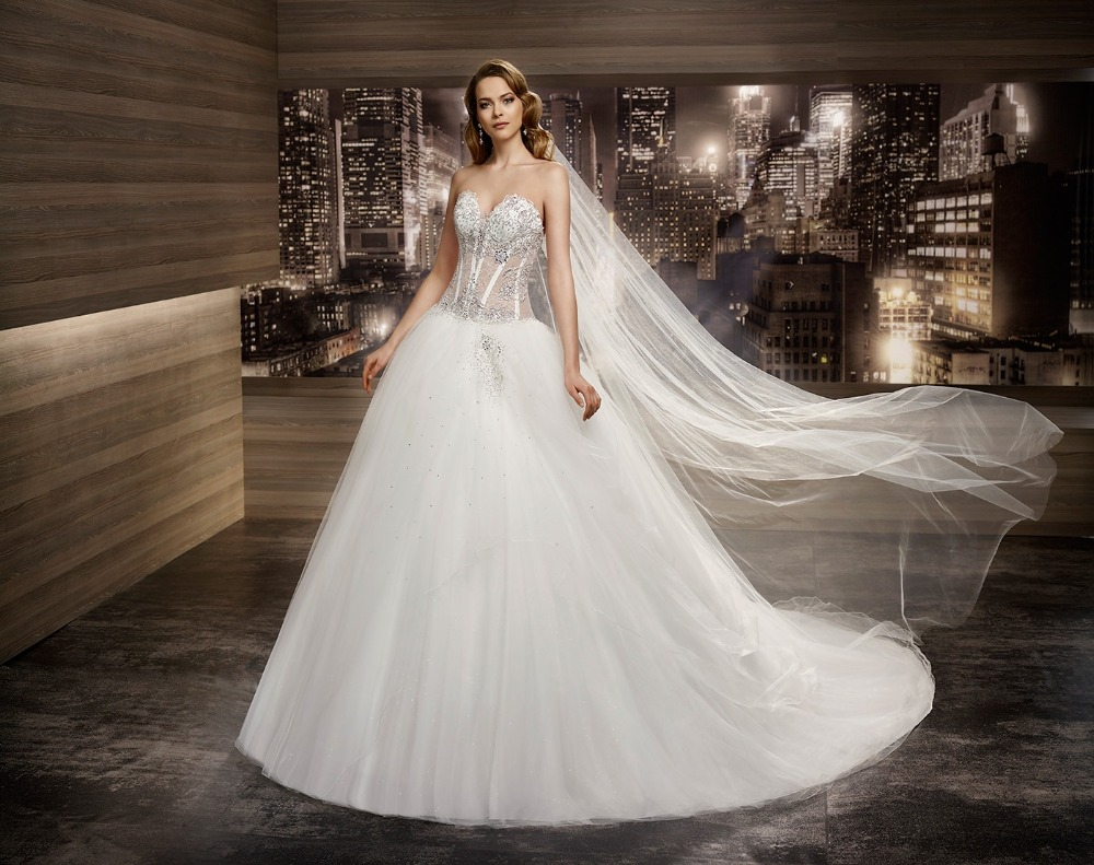 2016 Ball Gown Wedding Dresses Lace Up Sexy See Through