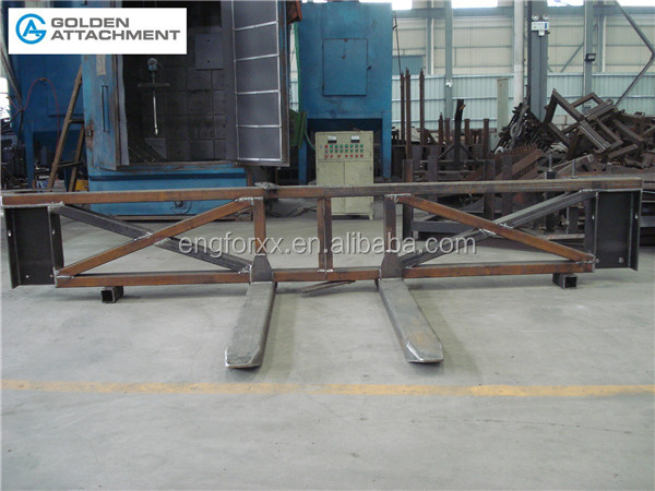 Fork spreader of Forklift attachment for extra wide goods
