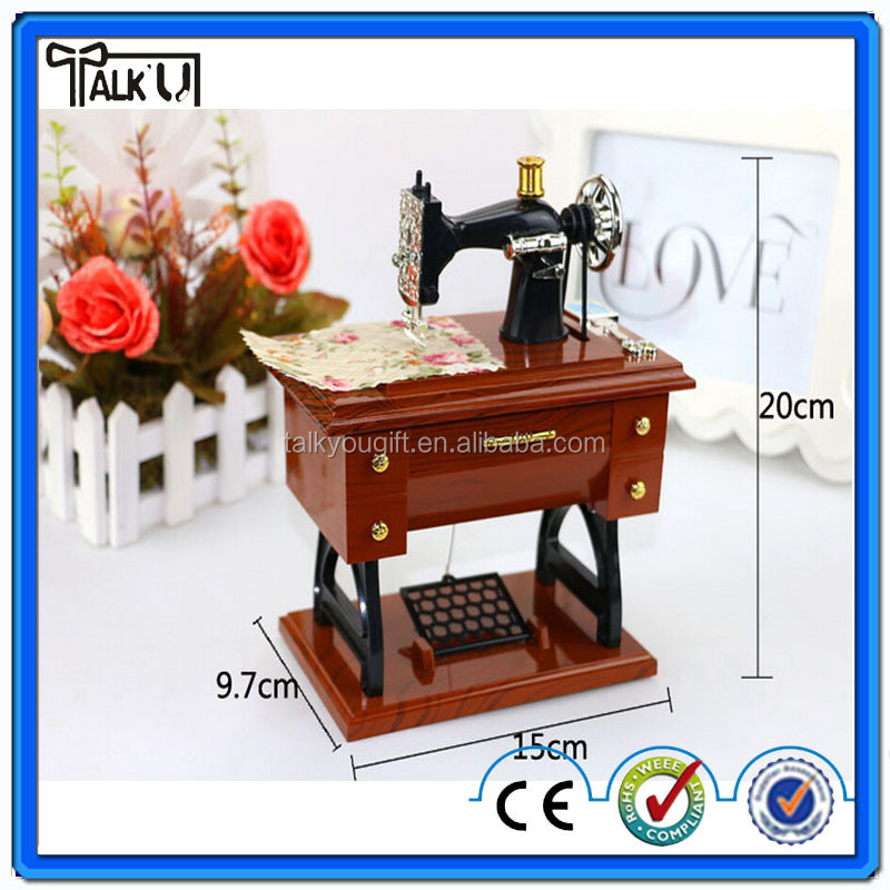 Home decoration resin sewing machine music box/girlfriend souvenir gift music box/simulation hand crank wedding music box