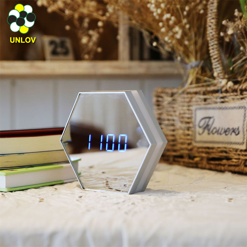 장식 Design Mirror Alarm Clock USB Charging Led 표 Lamp 온도계 Function Digital 벽 Clock