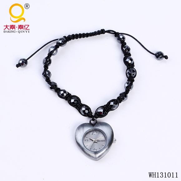the latest design knitted fashion wrist watches pendant watch