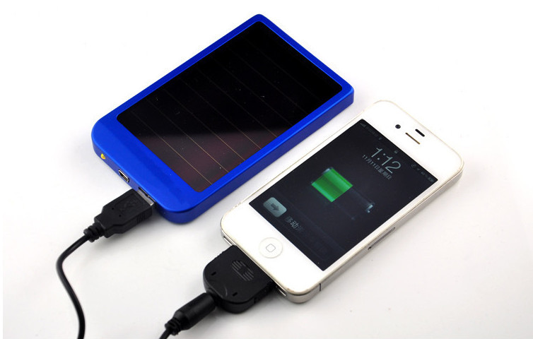 Power bank On sale!Hot -selling mini and portable 2600mah capacity  Mobile phone supply power bank charger
