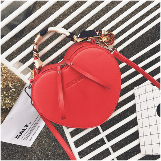 Picture  PU Leather Ladies Handbag Designer Factory for Woman Shoulder Bags.  wholesale handbags from china trend 2018 ... 859fcb35d33fc