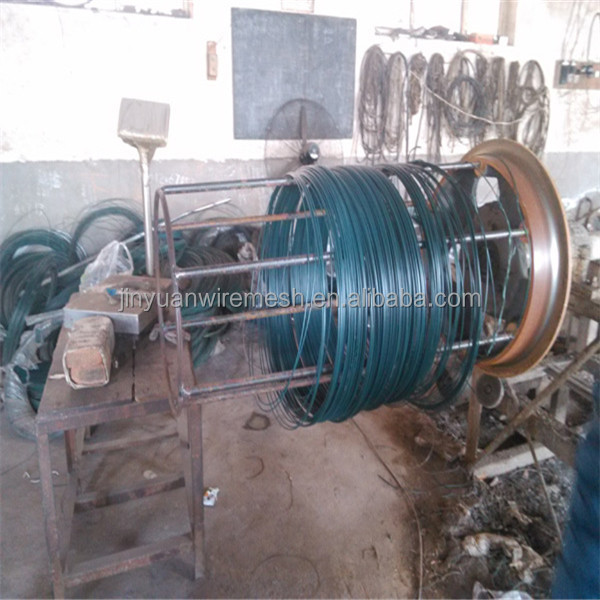 white material pvc coated outside galvanized iron wire inside 50kg per coil packing with pallet