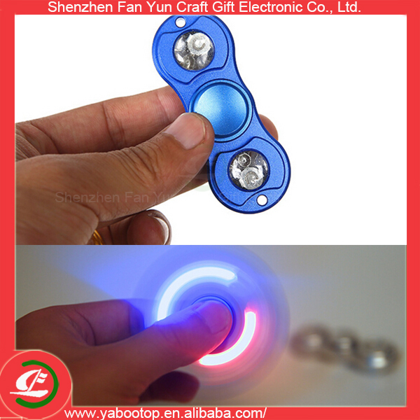 Newest Spinner Finger As Wooden or Metro With Light