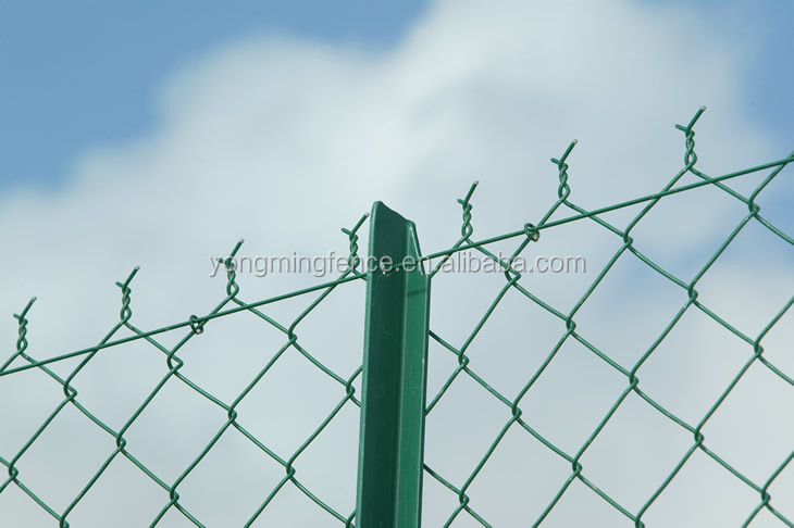 Galvanized Chain Link Fence With Barbed Arms - Buy Chain Link Fence ...