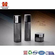 Men's Fashion packaging black color empty cosmetic sets spray glass bottle with pump HY329