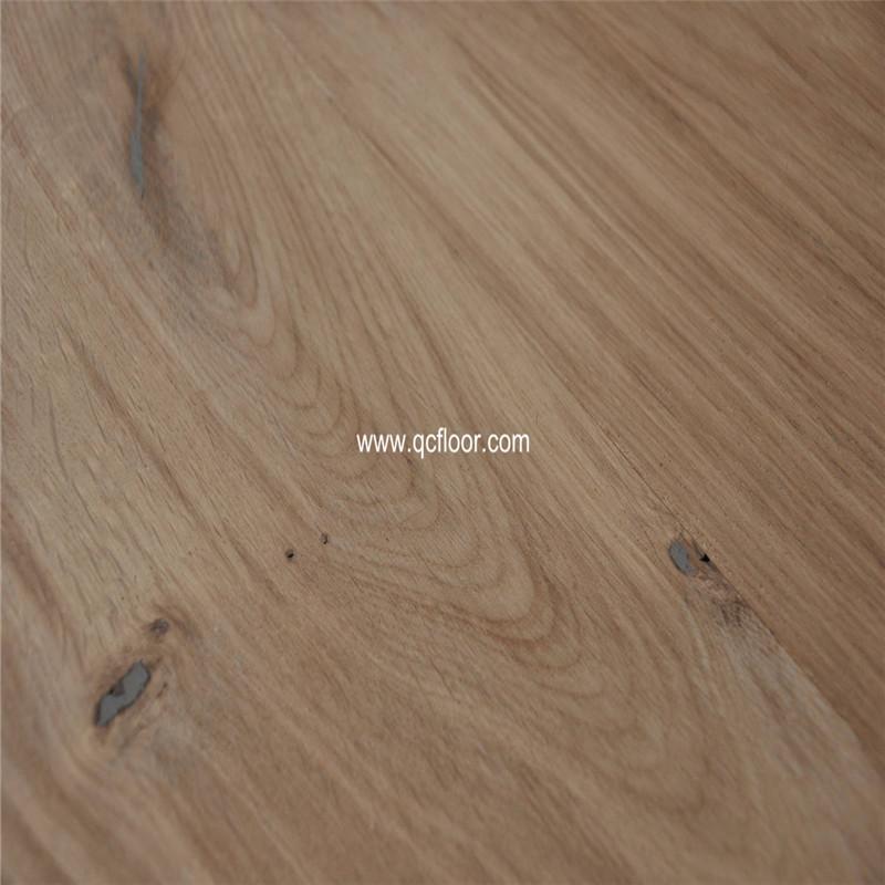 European Knotty Oak Wood Flooring