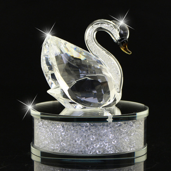 K9 swans perfume bottle car decoration crystal Valentine gift