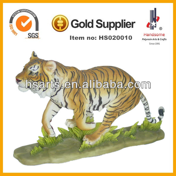 Decoration&gift use carved polyresin animals wholesale