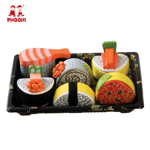 Children pretend Japanese food play set simulation kids 6 pcs wooden sushi toy