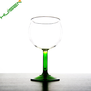 Popular gifts customized logo&color goblet floating plastic wine glass