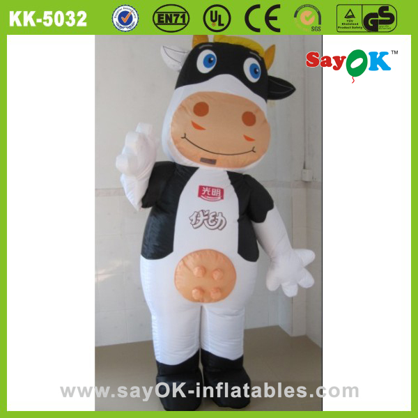 giant advertising inflatable animal life size cow-costume balloon