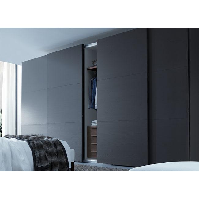 Superbe Factory Made Modern Bedroom Sliding High Gloss Black Wardrobe   Buy Modern  Bedroom Wardrobe Closet,Sliding Storage Closet,High Gloss Black Wardrobe ...