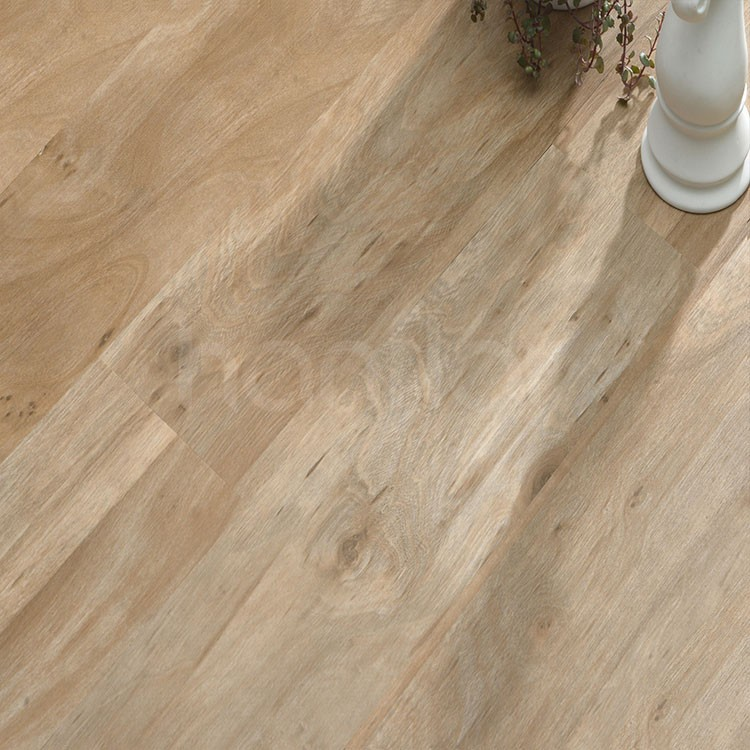 Luxury LVT wood like click lock vinyl plank flooring.jpg