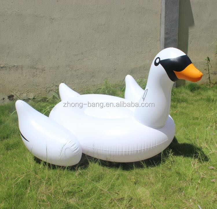 Stock Giant Adult Inflatable Float Swan swimming pool float