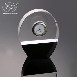 Wholesale round crystal desk clock decoration best birthday gift for girlfriend