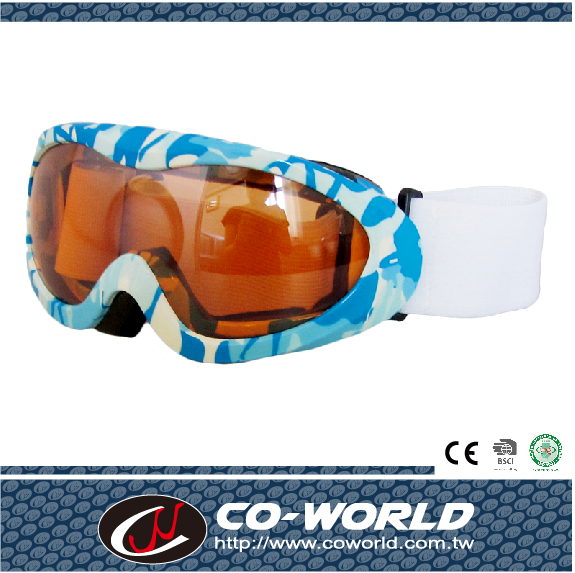 Ski goggle for Kids,OEM provided,Optional frame & lenscolor,w/ EN179 certificate