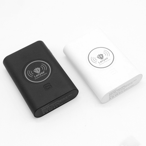 White/black 7800mah wireless charger mobile phone wireless power banks