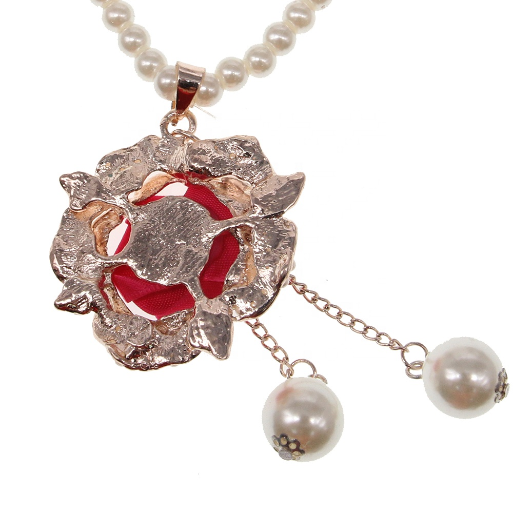 Valentine's Day Girlfriend Gift Zinc Alloy  Pearl Fabric Rose Flower Pendant Necklace Jewelry Plant Pearl Necklace For Women