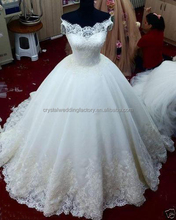 Hot Sale Vestido De Noiva Off the Shoulder Real Puffy Princess Lace Long Tail Big size Ball Gown Weddding Dresses MW1020