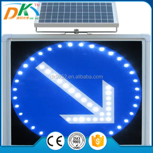 Solar road traffic led arrow lights/ the direction of signs arrow board/traffic Indicator light