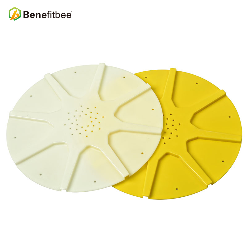 Beekeeping tools from Benefitbee plastic 8 ways bee escape