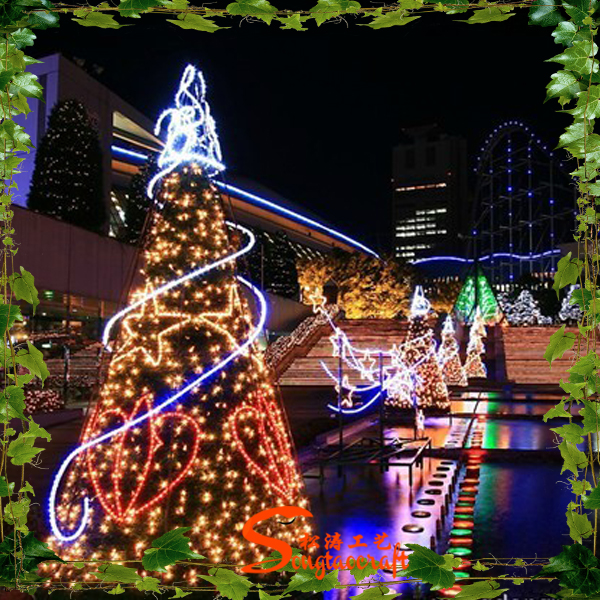 Best selling Outdoor LED artificial Christmas tree decoration for landscaping