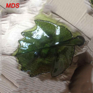 Hot selling olive green leaf shaped glass dish for dinnerware