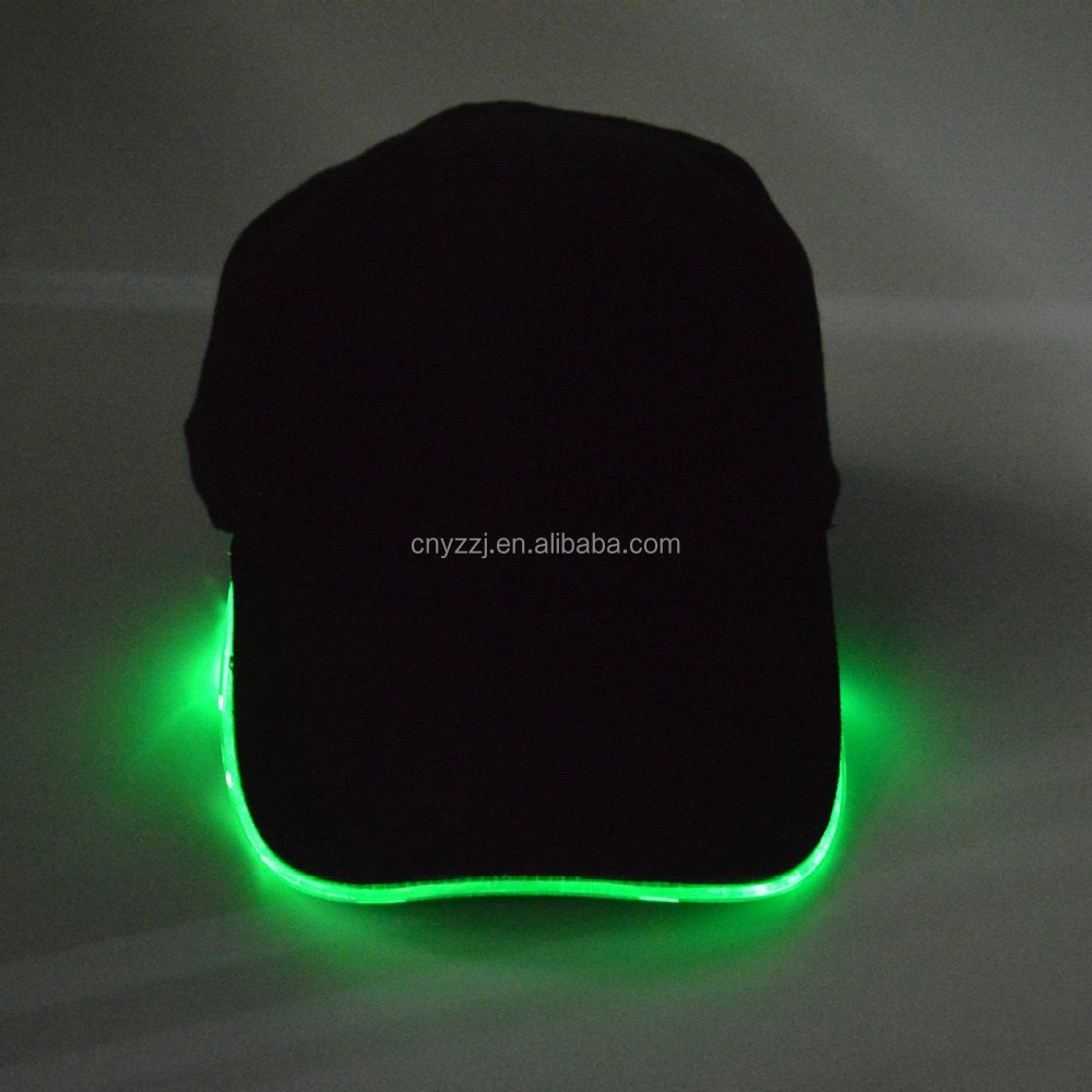 2015 hot sale Charger LED benies hats, knit winter hats
