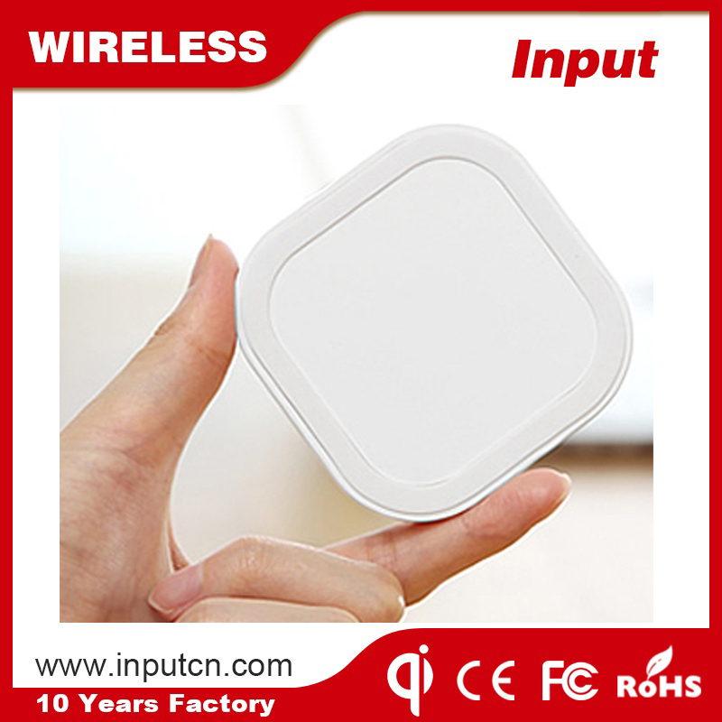 Mobile power supply fast charging speed wireless pad charger