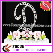 A B C D E F G H I J K L M N O P Q R S T U V W X Y Z a set of 26 English letters alphabet cake toppers
