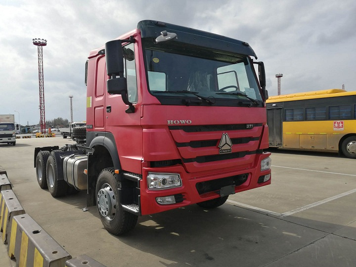 Brand New SINOTRUK HOWO 6x4 Tractor Truck for sale