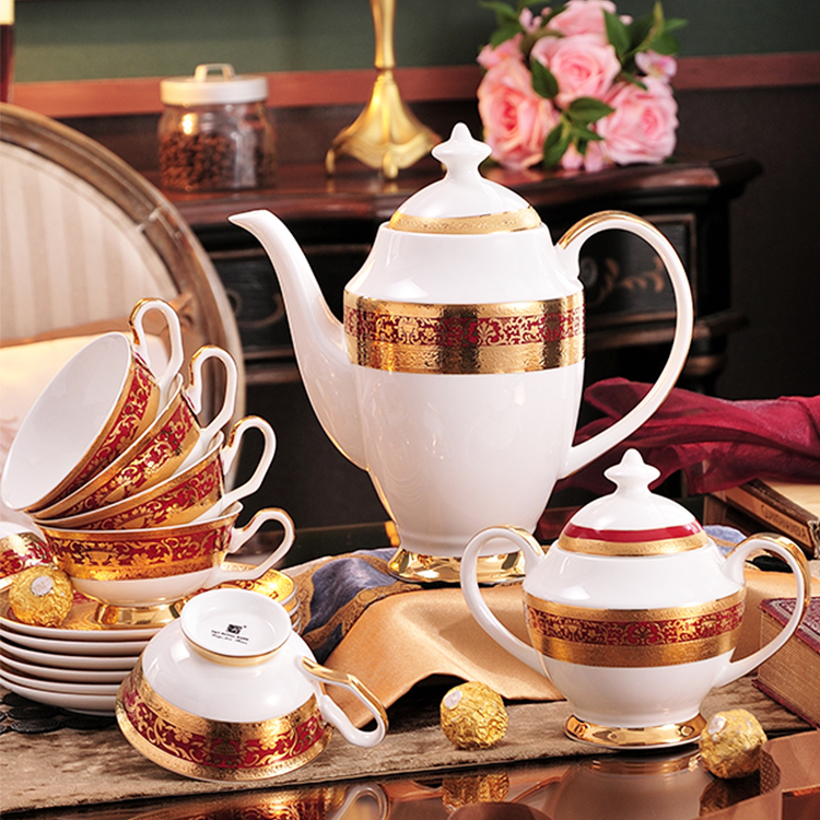 P&T Royal Ware Embossed GoldenBone China Coffee Cups A Grade Coffee Set English Afternoon Tea Set Good Rim Hotel Coffee Tea Cups