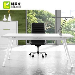 China Office Furniture Modern Style MDF Manager / CEO Executive Desk Office