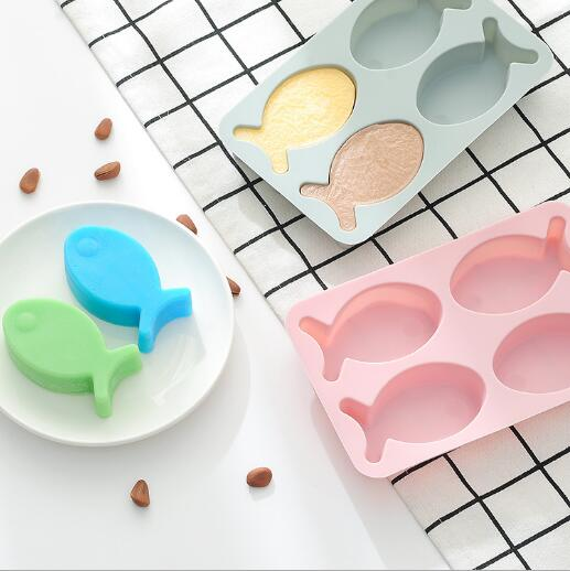 Alibaba.com / Silicone rice cake cake baking mold 4 even cute fish handmade soap chocolate mold