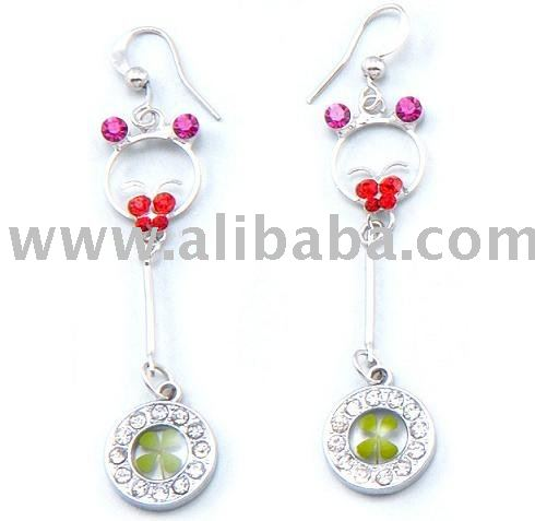 Four leaf clover/ lucky /fashion/ diamond/jewelry/ earring for valentines/birthday/ Christmas/festival gift and souvenir