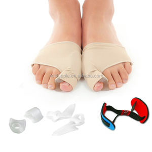 Bunion Corrector Pads Kit with Socks Sleeves and Toe Separators Spacer Straightener Splint for Bunion Pain Hallux Valgus HA0077