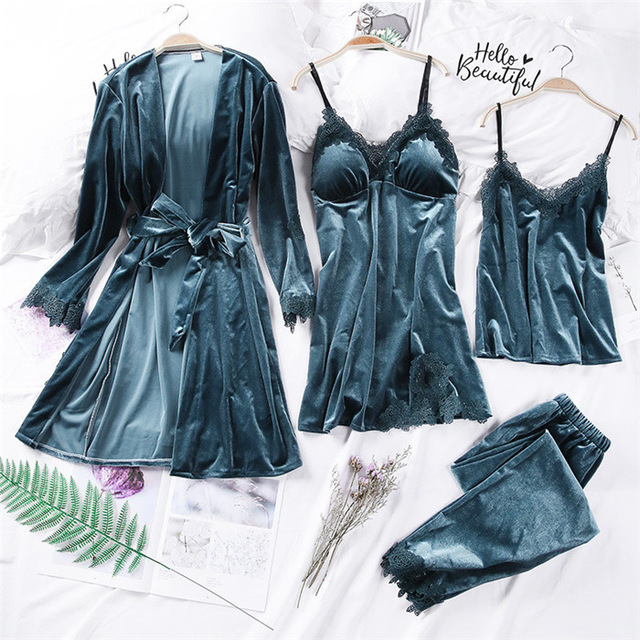 2019 Gold Velvet 4 Pieces Ladies Pajamas Sets Women'S Sexy Lace Robe Pajamas Women Cotton Sleepwear Kit Sleeveless Nightwear